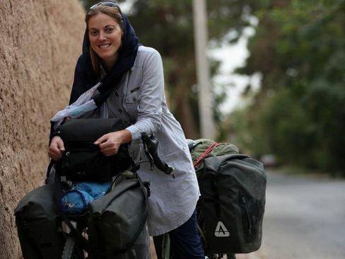 عکسها و تجربههای دوچرخهسوار انگلیسی که یکسال در ایران رکاب زد