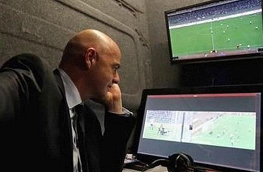 فیفا ویدئوچک را در جامحهانی 2018 عملی میکند!