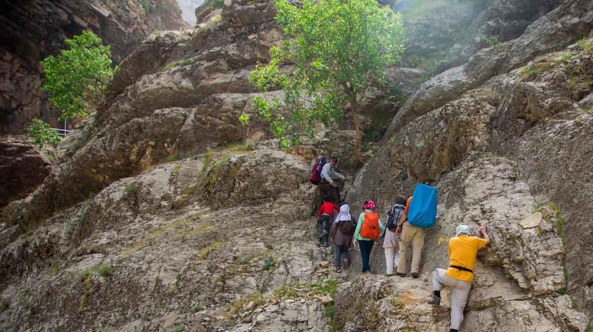تصاویر | بزرگترین آبشار طبیعی خاورمیانه در کوههای زاگرس