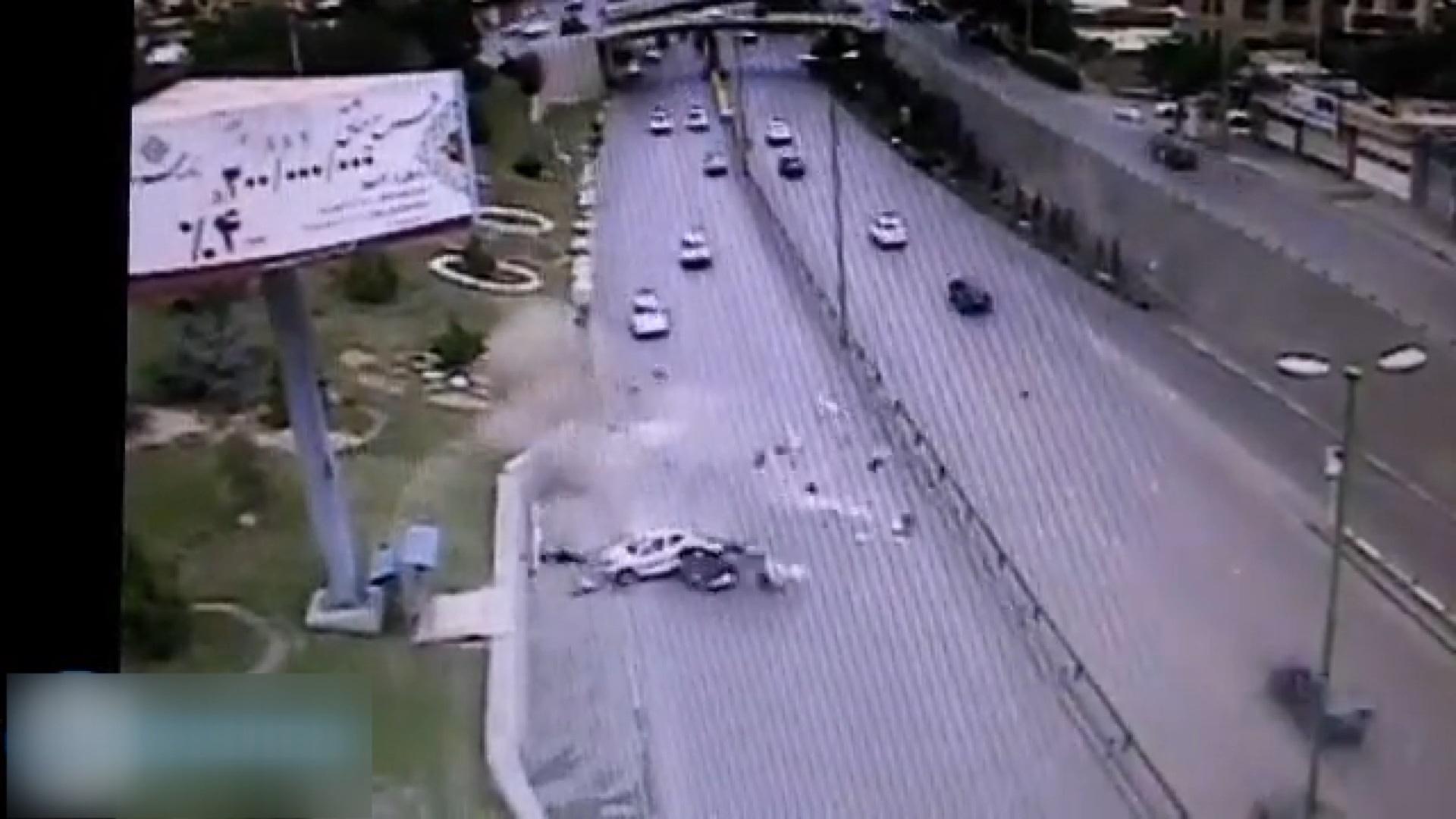 فیلم   نصف شدن خودروی ۲۰۶ در تصادف وحشتناک