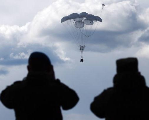 تصاویر | تمرین پرتاب محموله زرهپوش در روسیه