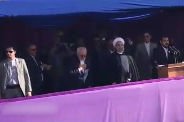 فیلم | لحظه ورود رئیسجمهور و ظریف به میدان نقش جهان | همه زندگی و آبروی روحانی به فدای شما جوانان