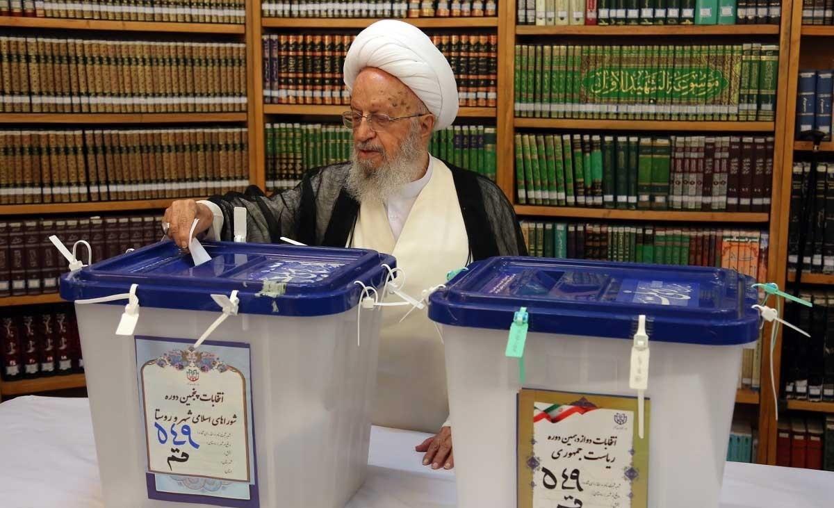 تصاویر | چهرههایی که رای خود را به صندوق انداختند؛ از ظریف تا عارف و ابتکار