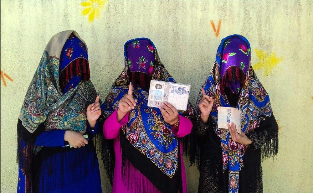 تصویری زیبا از رای دادن زنان بجنوردی