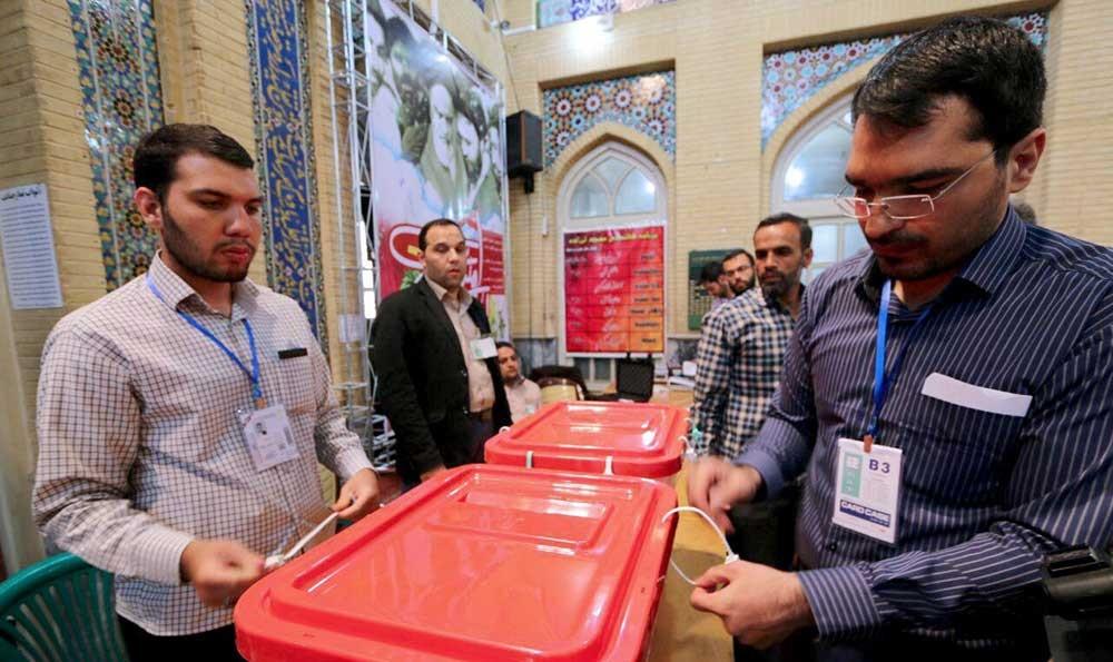 تصاویری از صفهای طولانی رای در تهران