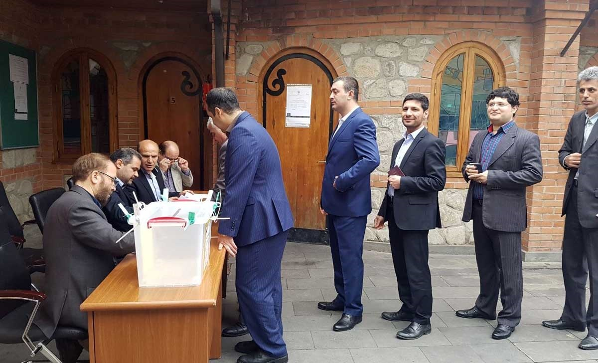 تصاویر | حال و هوای انتخابات در گرجستان، ارمنستان و روسیه