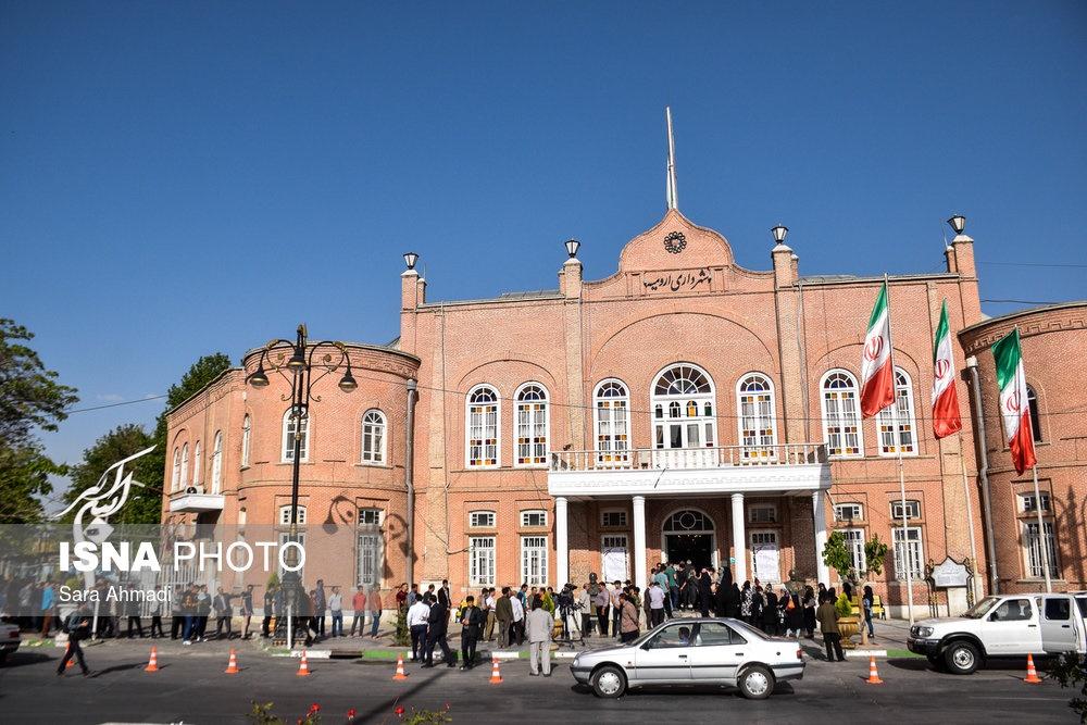 تصاویر | از ارومیه تا کرمان؛ حضور کمنظیر مردم در انتخابات