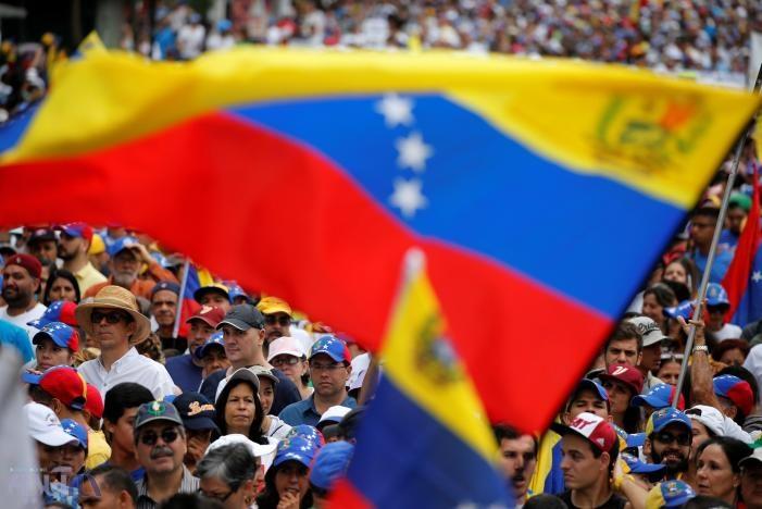 میراثدار چاوز خون به پا کرده است!