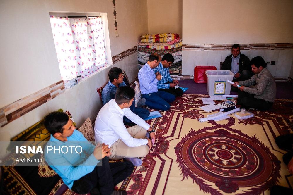 رای گیری در روستاهای دور افتاده ایران