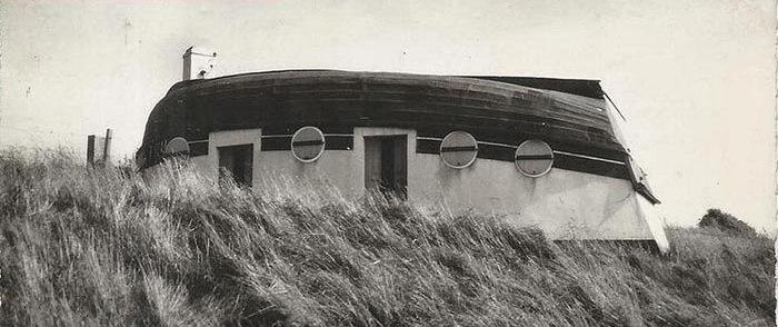 تصاویر   روستایی که مردمش در قایقهای وارونه زندگی میکنند