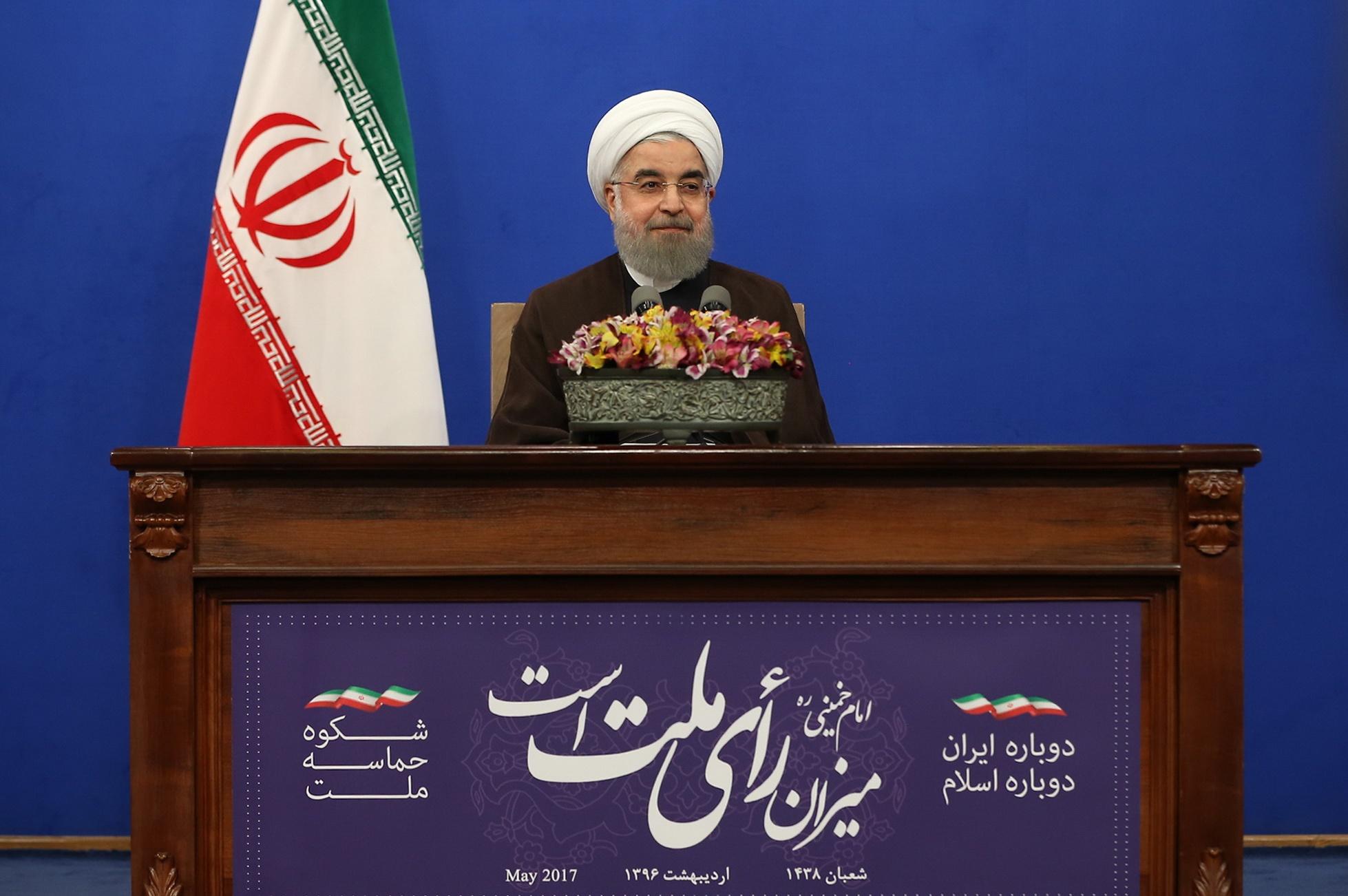 روحانی: رأی شما تاریخ کشور را از توقف و تردید دور کرد