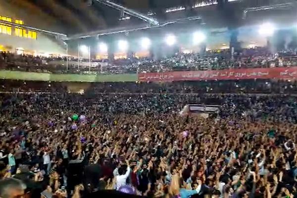 فیلم | هزاران نفر از مردم آذربایجانشرقی در جشن پیروزی روحانی