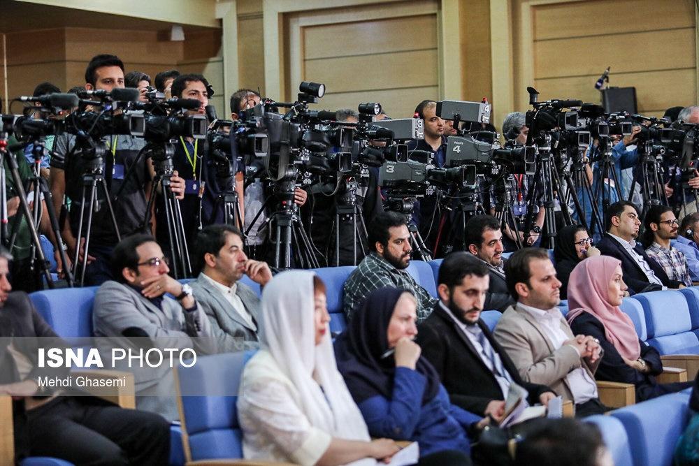 تصاویر | حاشیه اولین نشست خبری رئیسجمهور پس از انتخابات ۲۹ اردیبهشت