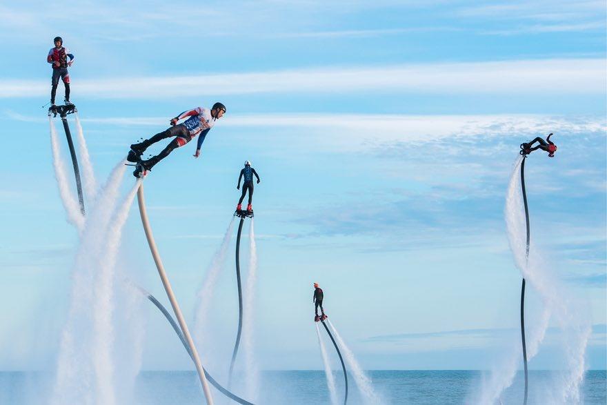 تصویری جالب از جشنواره ورزشهای آبی در روسیه