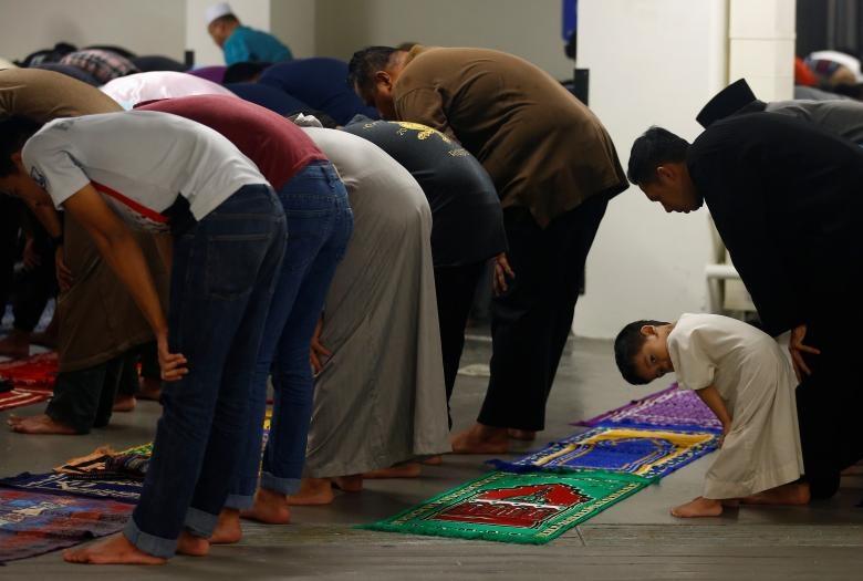 تصاویر   استقبال از ماه رمضان در کشورهای مختلف