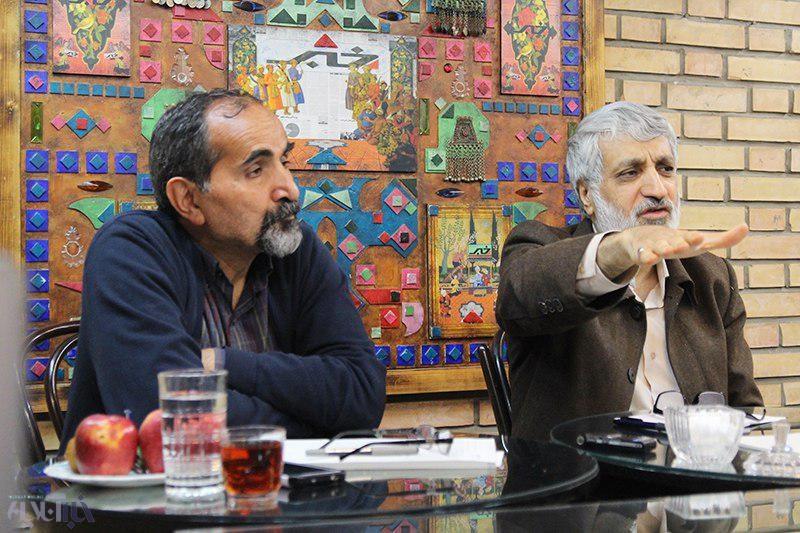 فیاض: روحانی شوکه است/ آزادارمکی: رئیسی هم سوخت