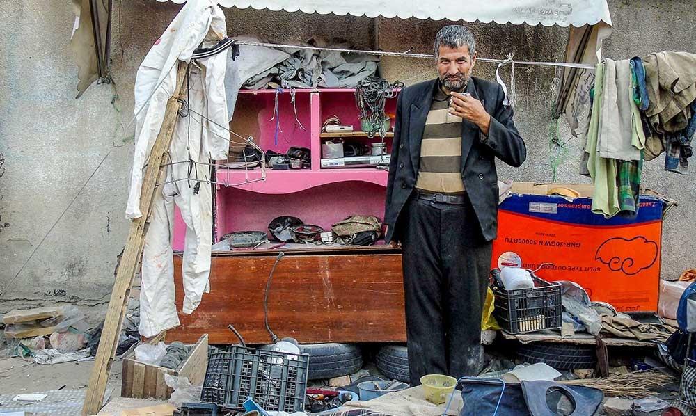 تصاویر | مردانی که با کهنهفروشی زندگی میگذرانند