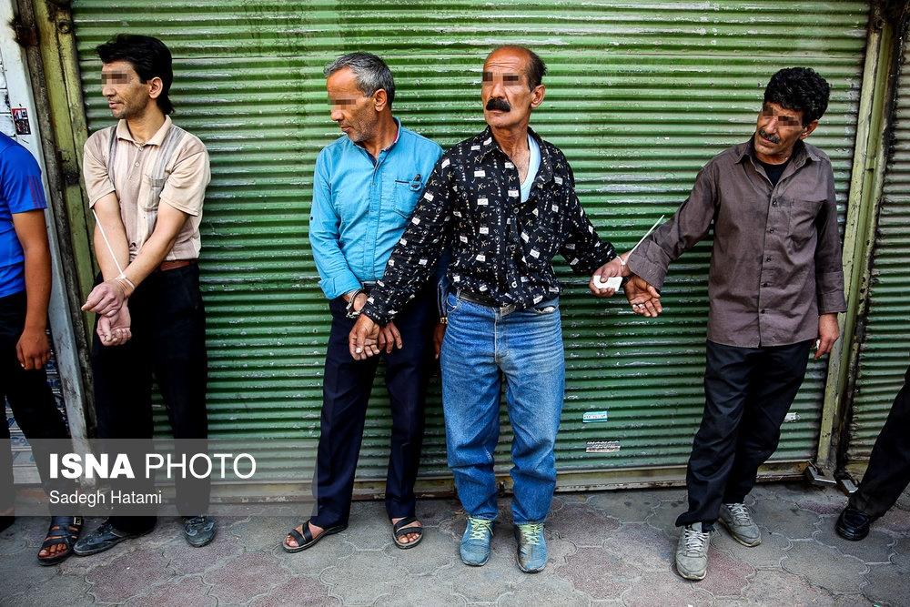 تصاویر   طرح دستگیری فروشندگان مواد مخدر و قرصهای روانگردان در مشهد