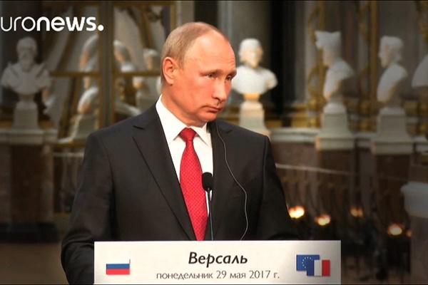 فیلم   بیحوصلگی پوتین پس از دیدار با امانوئل ماکرون
