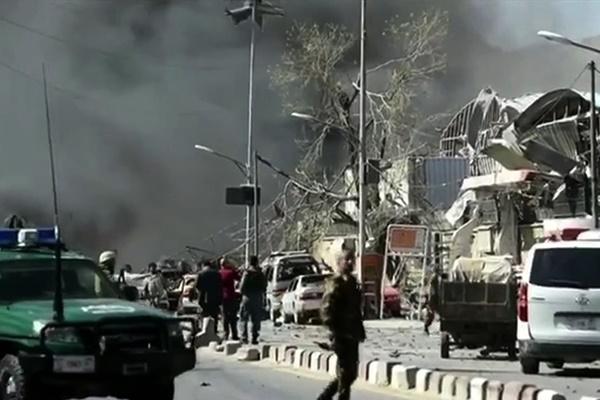 فیلم   التهاب کابل؛ دقایقی بعد از انفجار وحشتناک امروز
