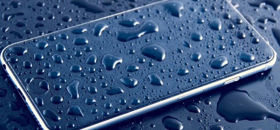 اختراع جدید اپل برای دورکردن آب از هدفون و اسپیکر از طریق سیگنال صوتی