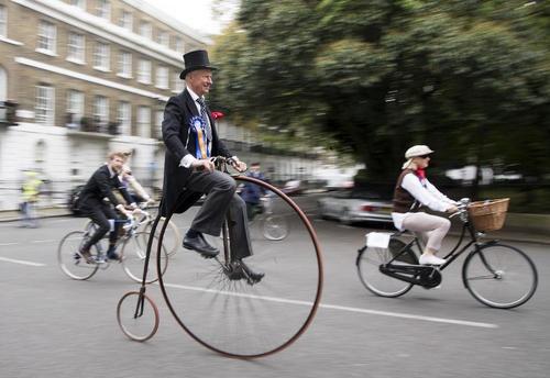 تصاویر | جشنواره سالانه دوچرخهسواری با لباس فاستونی در لندن