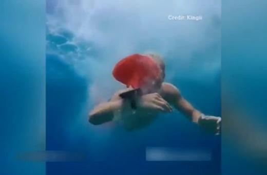 فیلم | مچبندی که از غرق شدن جلوگیری میکند