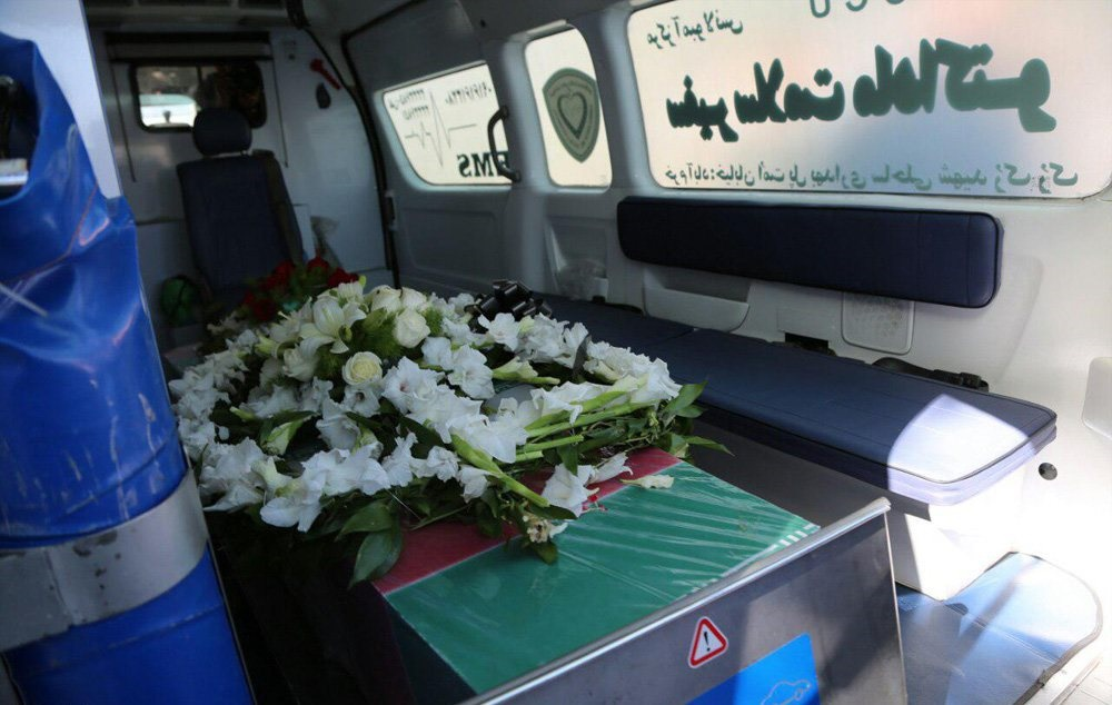 تصاویر | تشییع پیکر ۲ بانوی لرستانی که در حادثه تروریستی مجلس به شهادت رسیدند