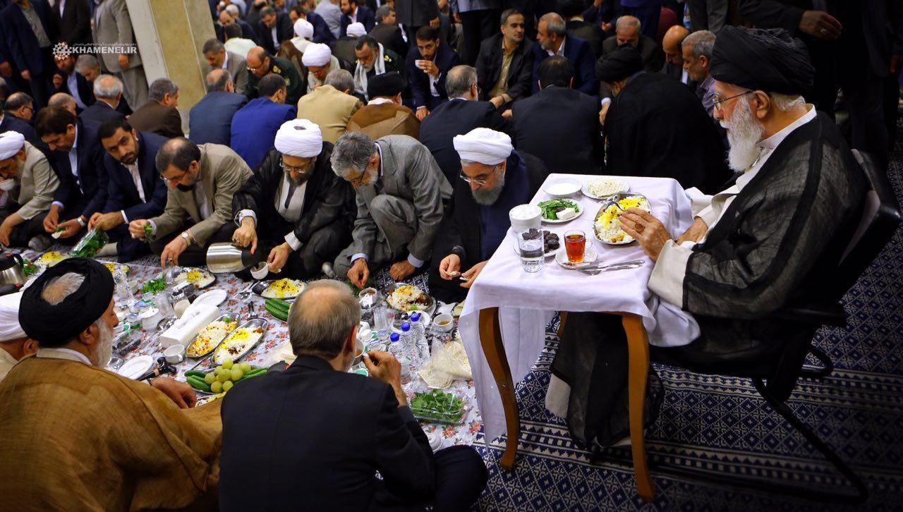 Image result for افطار رهبر و ارکان نظام