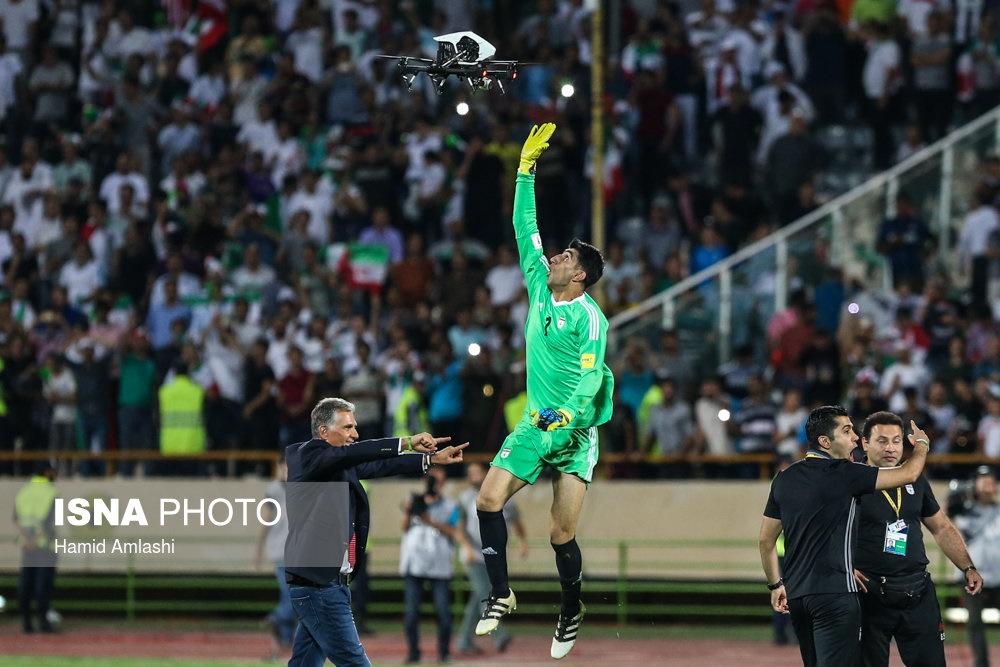 تصاویر | جشن صعود بازیکنان تیم ملی بعد از بازی با ازبکستان