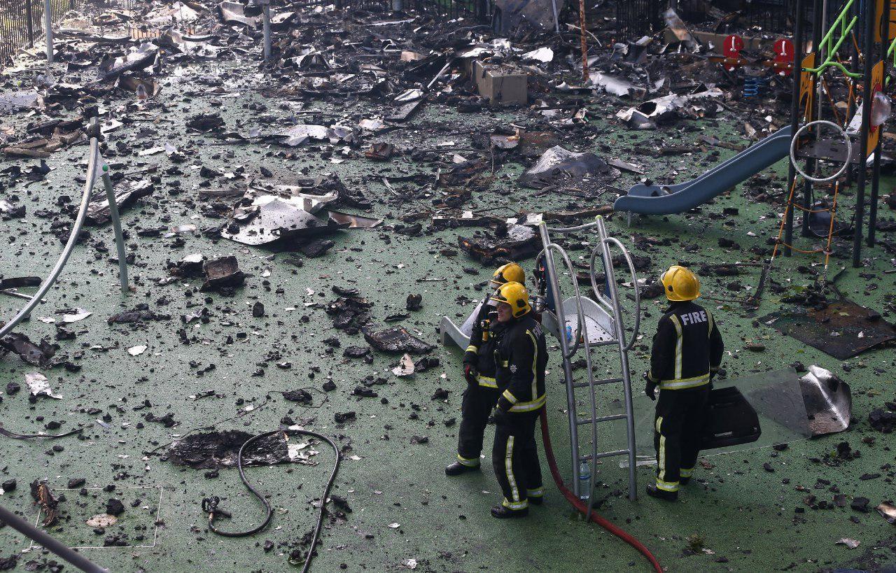 تصاویر | تلاش آتشنشانها برای خاموش کردن آتش مهیب برج گرانفل لندن
