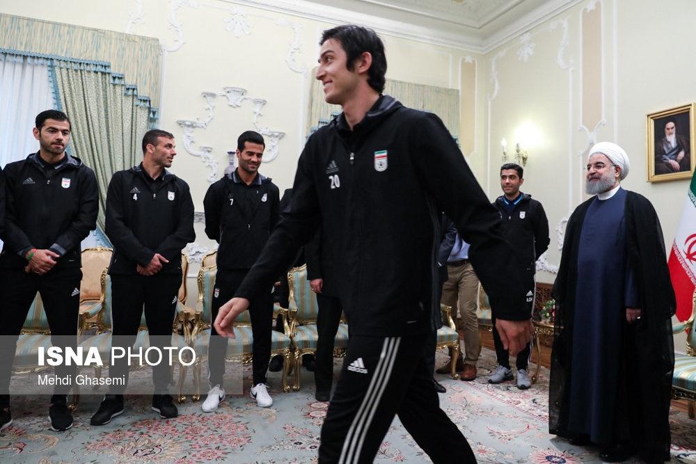 تصاویر | دیدار اعضای تیم ملی فوتبال با رئیسجمهور