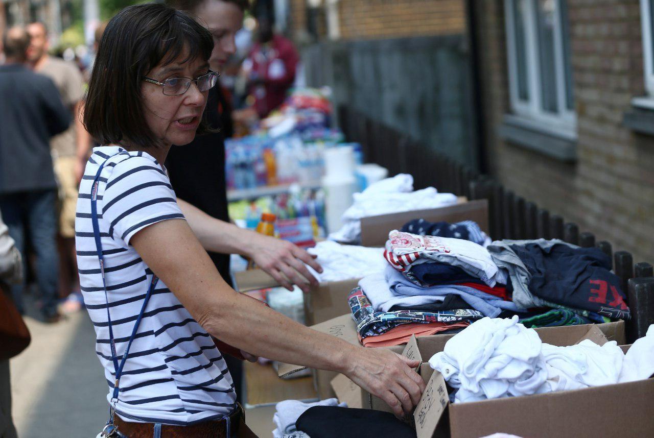 تصاویر | کمکهای داوطلبانه به ساکنان آواره برج گرانفل لندن