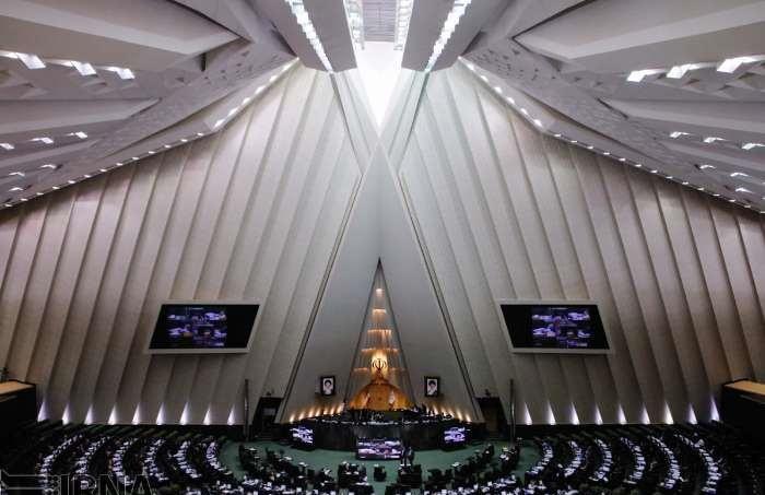 مستقلین کدام کفه ترازو را در مجلس سنگین خواهند کرد؟
