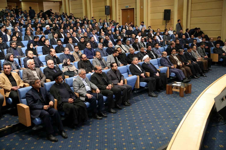 تصاویر | رئیسجمهور در ضیافت افطار با اصحاب رسانه