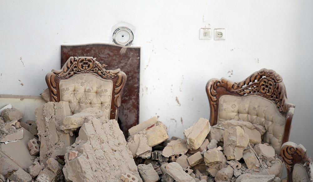 تصاویر   ریزش ساختمان دو طبقه در مشهد به دلیل نامعلوم