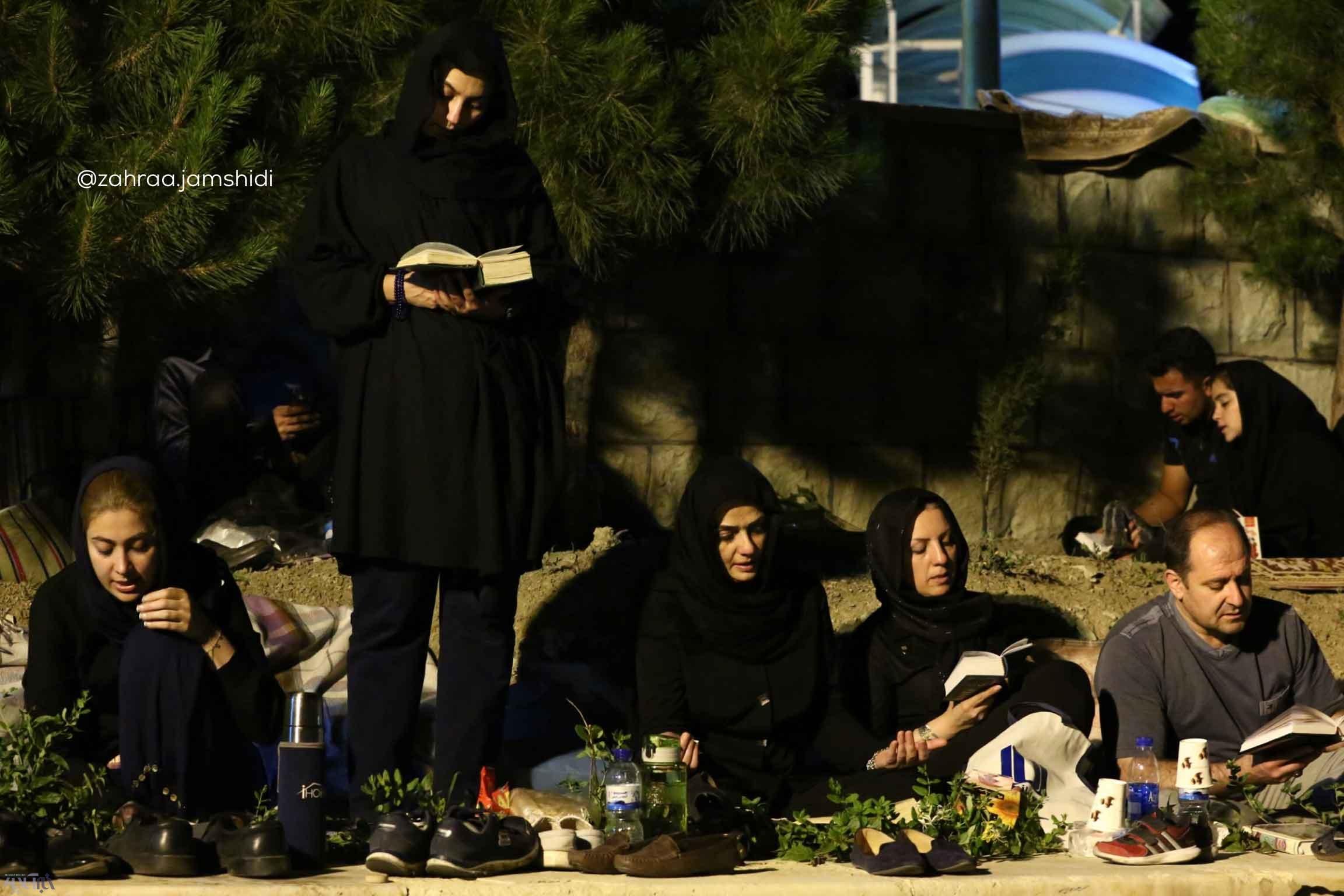 تصاویر | احیاء شب بیست و یکم در کنار شهدای گمنام کوهسار شهران