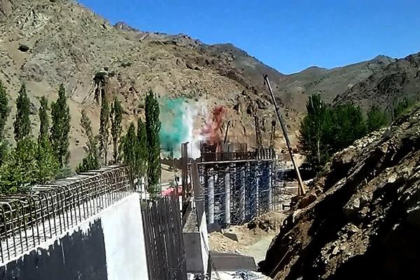 فیلم   ادامه عملیات عمرانی در آزادراه تهران-شمال   افتتاح اولین بخش آزادراه در تابستان