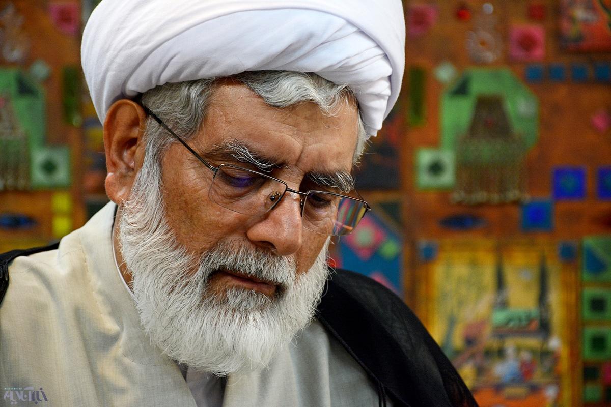 رهامی: منافقین آیت الله بهشتی را کانون مخالفت با بنی صدر می دانستند