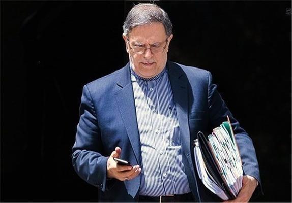 عکسی از رئیس بانک مرکزی در گود زورخانه