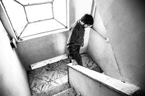 روایت پناهندهای که ٢ سال اسیر طالبان بود/ ٧٣٠ روز شکنجه زیرِ زمین