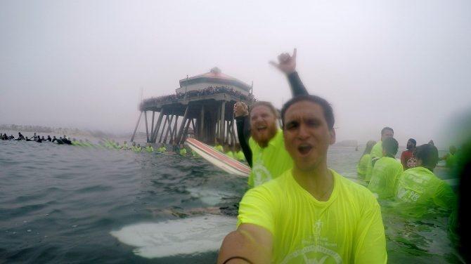 تصاویر | حلقه افتخار ۵۱۱ موجسوار برای ثبت رکورد جدید در جهان