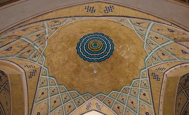 تصاویر | مسجد آقابزرگ و معماری خاص قاجاری