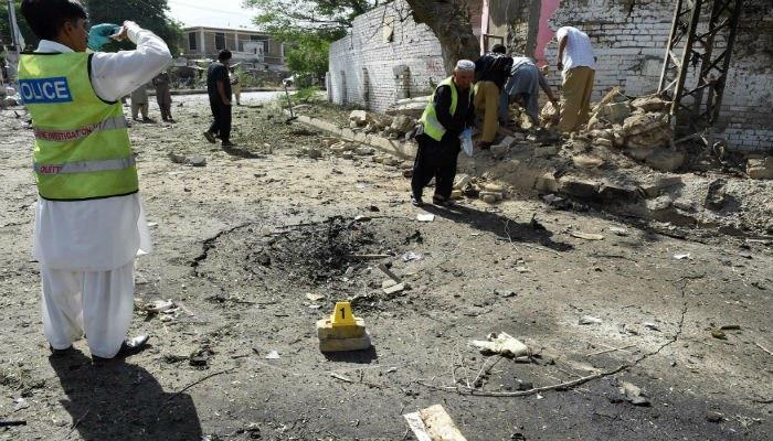 تصاویر | انفجار انتحاری در کویته پاکستان | دستکم ۱۲ نفر کشته شدند