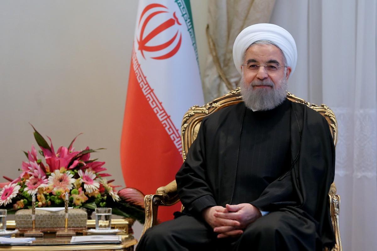 روحانی: یقین دارم در سایه انسجام و هوشیاری ملی گامهای بلندتر برای سرافرازی ایران برمیداریم
