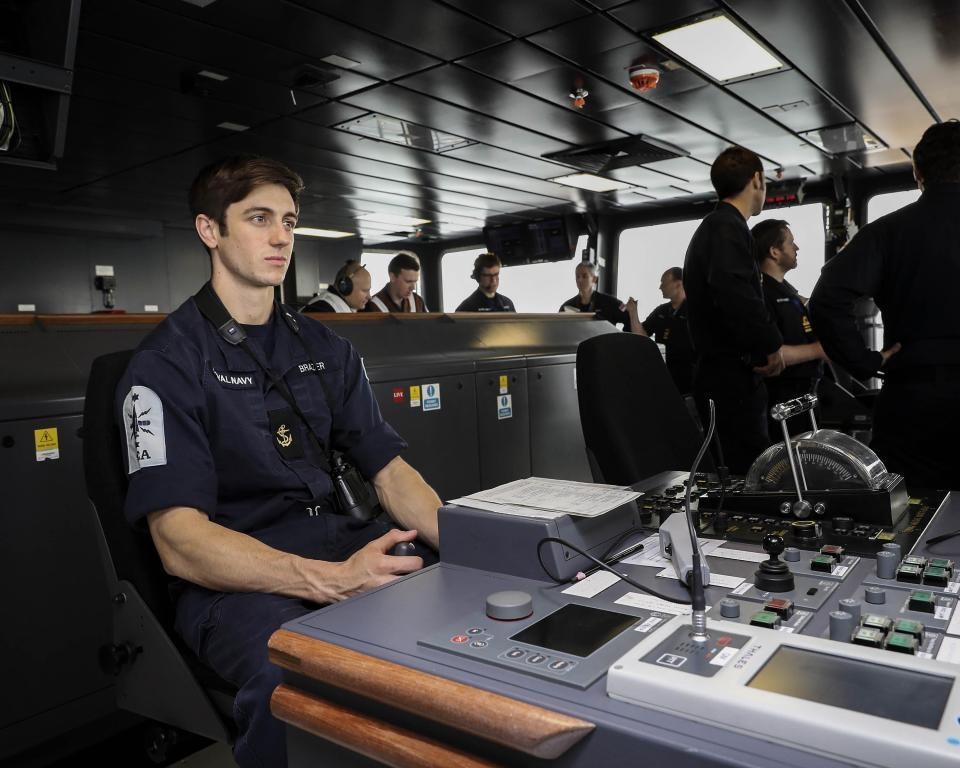 تصاویر | ماموریت آزمایشی بزرگترین ناو هواپیمابر انگلیس به نام «ملکه الیزابت»