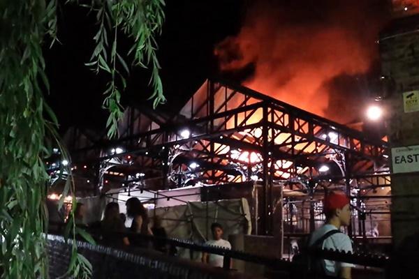 فیلم | بازار معروف لندن در آتش سوخت