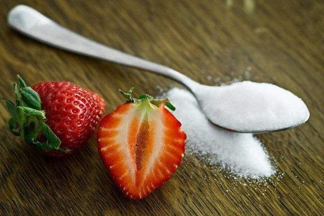 هشدار درباره مصرف زیاد شکر در زنان باردار/افزایش احتمال آسم و آلرژی کودک