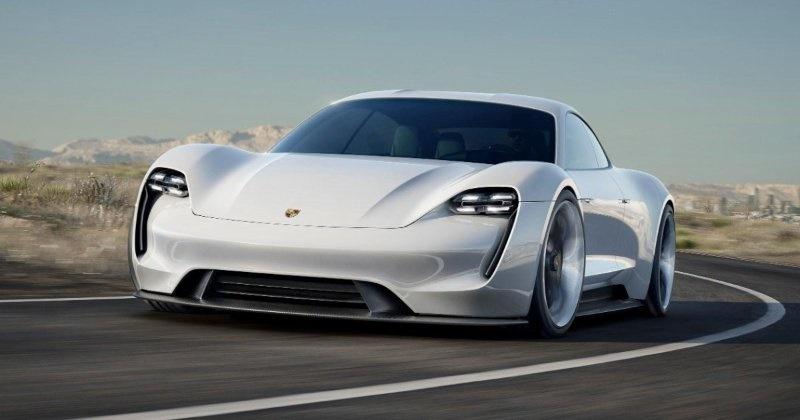 نصف خودروهای پورشه تا ۲۰۲۳ الکتریکی میشوند/ جولان برقیها!