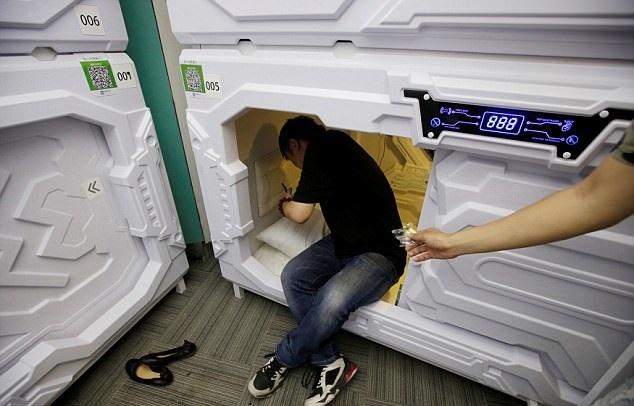 تصاویر | افتتاح هتل چینیها برای کسانی که میخواهند فقط یک چرت بزنند